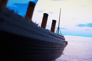 A fost una dintre supravietuitoarele scufundarii Titanicului. Doi ani mai tarziu a mai primit o lovitura grea!