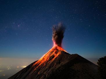 Vulcanul Fuego a erupt in Guatemala. Peste 25 de persoane au murit, alte cateva sute au fost ranite