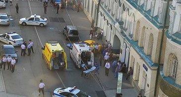 """Stare de alerta! Un sofer a intrat cu masina in pietoni la Moscova. Explicatia lui este halucinanta: """"Eram obosit si am apasat din greseala pedala de acceleratie"""""""