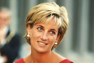 Un multibilionar celebru care a flirtat cu Lady Diana a fost refuzat elegant de printesa inimilor dintr-un motiv surprinzator. Dezvaluirea facuta in biografia americanului