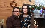 Anul trecut, plangeau singuri de Craciun, acum, familia Bodnariu s-a fotografiat fericita! Parintii sunt impreuna cu toti cei cinci copii ai lor