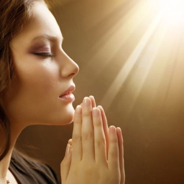 Cand este bine sa ne rugam? Portile cerului sunt deschise in patru momente importante ale zilei