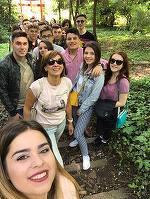 Carmen Iohannis si-a dus elevii pe stadionul din Cluj! Cum s-a pozat Prima Doamna
