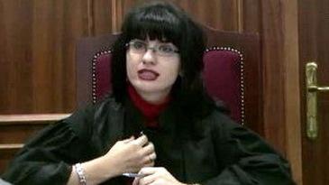 """Judecatoarea Terceanu, cea care a recunoscut spaga primita in """"dosarul transferurilor"""", se marita din nou! Anul trecut, Geanina divortase in secret de sotul ei, si el judecator"""