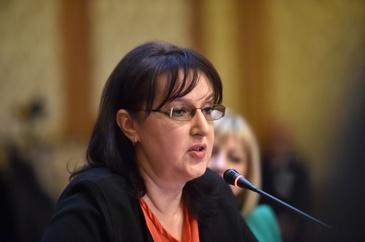 """Irina Radu, opinie dura despre prezentatorii postului public: """"Ma uit la TVR si ma deranjeaza, de exemplu, cum arata unele vedete!"""""""