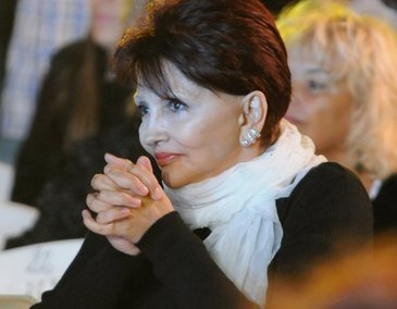 Dida Dragan, doborata de problemele financiare si cele de sanatate. Cantareata a dus o lupta cu o boata grea