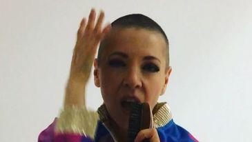 Edith Gonzales a ajuns piele si os. Cancerul si-a pus amprenta pe trupul ei