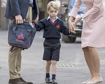 Ce mananca printul George la scoala. Asa arata pranzul lui