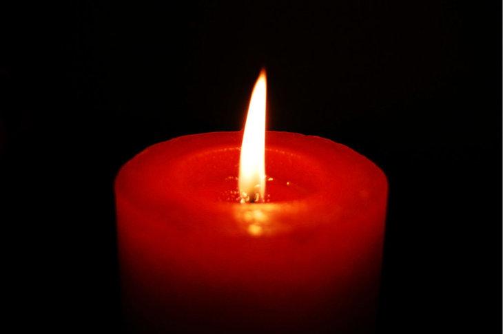 O noua tragedie! O cunoscuta solista a murit de cancer, la doar 28 de ani!