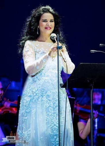 Iubitul si fiica Angelei Gheorghiu, in culise la concertul din Piata Constitutiei!