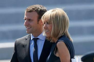 """Emmanuel Macron, cea mai frumoasa declaratie de dragoste a unui lider, rostita la TV. """"Ea este ancora mea!"""""""