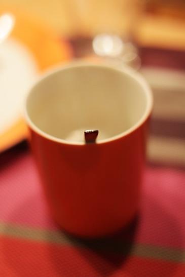 De ce nu e bine sa iti speli cana de cafea de la birou! Niciodata nu te-ai gandit la asta