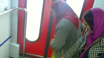 Romania lui 2017! Ce transporta aceste femei in tren! N-ai cum sa faci asa ceva!