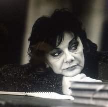 """Cine este """"MONSTRUL"""" din viata lui Carmen Tanase? Actrita a dezvaluit: """"Da, a existat un monstru in viata mea"""""""