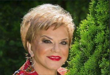 Scandal la mormantul regretatei Ionela Prodan. Totul a pornit de la lumanari.