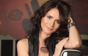 """Cine conduce acum """"Asociatia Culturala Madalina Manole""""? ONG-ul nu apare ca organizator al concertului in memoriam"""