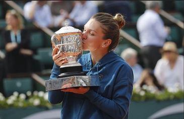 Cum a reusit Maria Sharapova sa o scoata din minti pe Simona Halep? Rusoaica apeleaza la niste trucuri care i-au atras antipatia colegelor ei