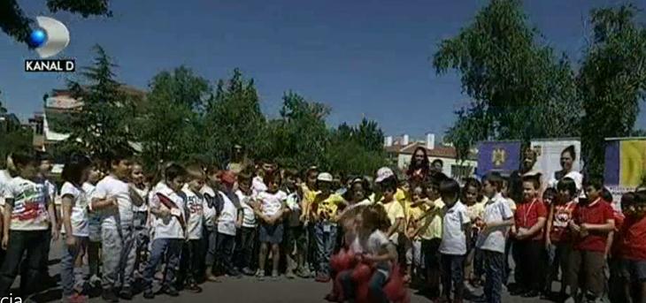 100 de copii din Ankara au aratat ca stiu sa danseze romaneste in cadrul unui eveniment de diplomatie publica