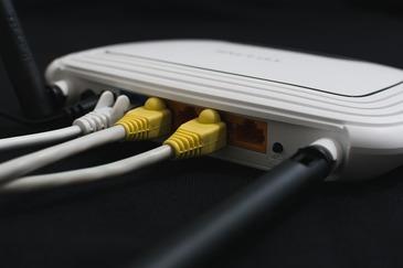 Securitatea conexiunilor wireless a fost compromisa. Sunt afectate toate dispozitivele, de la routere, la smartphone-uri si televizoare