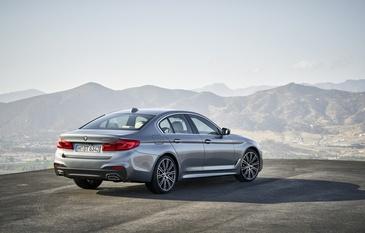 Primele imagini oficiale cu noul BMW Seria 5. Masina arata superb