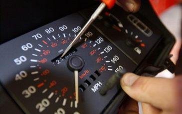 Cum iti dai seama daca o masina are kilometrajul modificat! Cum verifici cel mai usor daca autoturismul are kilometri reali