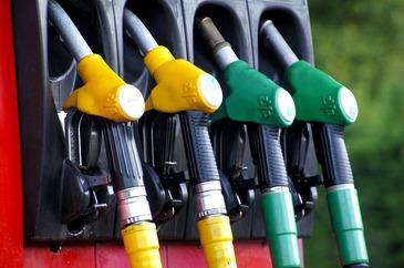 Romania are unele dintre cele mai mici taxe la carburanti din Europa