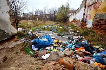 Proprietarii din Ramnicu Valcea care nu ingrijesc imobilele si terenurile vor plati impozite mai mari chiar si de cinci ori