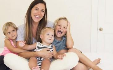 Proiect de lege: 15.000 de lei de la stat pentru prima casatorie si pentru cel de-al treilea copil