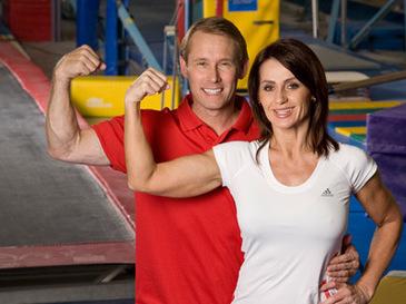 Sotul Nadiei Comaneci este si actor la Hollywood! Campion olimpic la gimnastica, Bart Conner a jucat in cateva productii alaturi de actori celebri