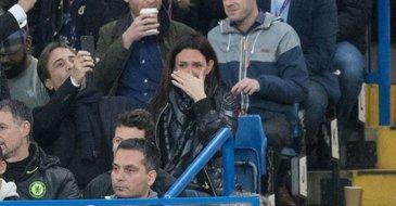 Sotia lui Conte in lacrimi dupa ce sotul ei a reusit sa castige Premier League - Imaginile care au facut inconjurul lumii