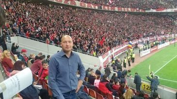 Adrian Teodorescu a facut preinfarct la un meci de fotbal. Fostul jucator a fost salvat de medicii de pe ambulanta