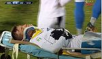 Gafa socanta a medicilor de la Gaz Metan! I-au pus invers gulerul cervical lui Darius Olaru, accidentat grav la cap in timpul meciului cu Universitatea Craiova