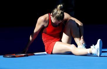 Moment dramatic la Australian Open pentru Simona Halep! Medicii au intervenit imediat
