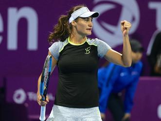 Exemplu de modestie! A castigat pana acum 5 milioane de dolari din tenis, dar Monica Niculescu circula in continuare cu metroul prin Bucuresti! FOTO