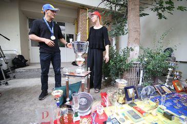 Scandal urias in gimnastica! Exclus din lotul Romaniei pentru Euro, Marian Dragulescu a ales ca forma de protest sa-si depuna toate medaliile in fata ministerului tineretului si sportului FOTO