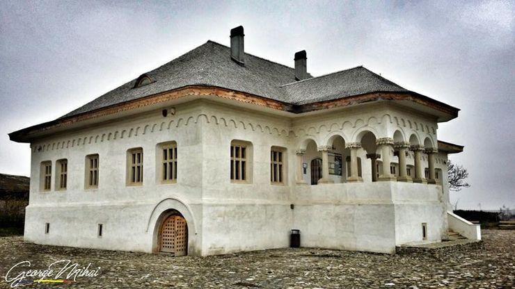 """Povestea conacului Pana Filipescu. """"Este construit in primul stil autentic romanesc"""""""