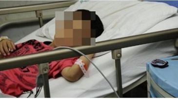 Un copil de 8 ani a ajuns la spital beat crita, dupa ce a baut tuica