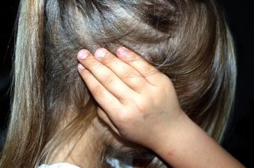Raport ingrijorator! 9 din 10 romani au declarat ca si-ar lovi copiii!
