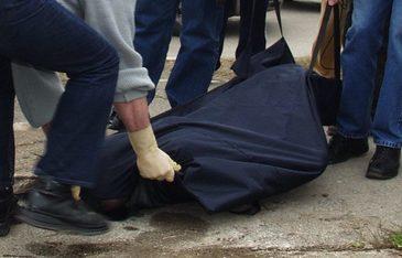 Detalii socante in cazul mortii mamei a trei copii din Suceava, gasita legata cu un cearsaf langa casa. Sotul ar fi cel care a ucis-o