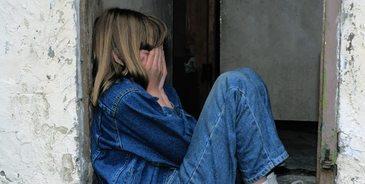 Fetita de 9 ani din Arges, batjocorita in drum catre scoala! Parintii au fost sfasiati cand au vazut cum a ajuns fiica lor acasa