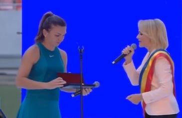 Gabriela Firea a fost huiduita de romanii veniti sa o omagieze pe Simona Halep, pe Arena Nationala. Cum a reactionat Primarul Capitalei - VIDEO