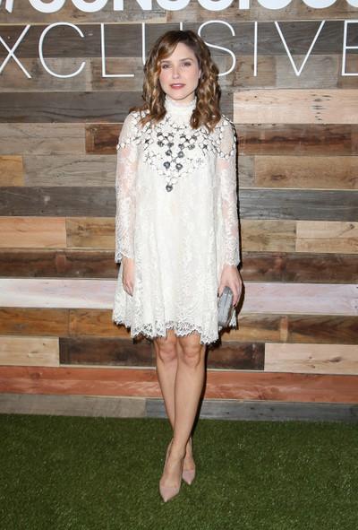 Uite ce vedete poarta hainele din colectia Conscious de la H&M! Inspira-te din tinutele lor