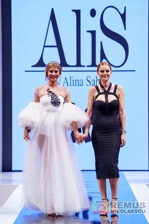 Ce designeri si-au prezentat colectiile in ultima seara la Bucharest Fashion Week