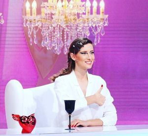VIDEO EXCLUSIV | Iulia Albu - WOW sau BAU-BAU: Cum sa porti corect o Doctor Bag!