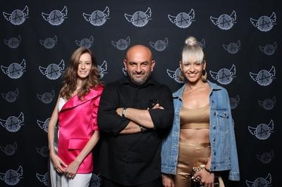 Iubitorii modei s-au reunit la Gala AVANPREMIERE by Alin Gălăţescu