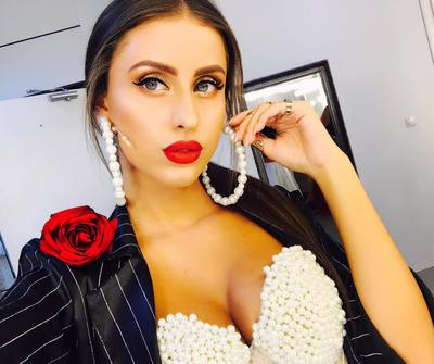 "O recunoasteti? Una dintre concurentele de la ""Bravo, ai stil!"", vedeta in videoclipul unui artist celebru! E model si a castigat locul 3 la Miss Romania VIDEO"