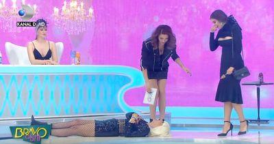 Alina a facut-o pe Raluca Badulescu sa se tavaleasca! Iata motivul!