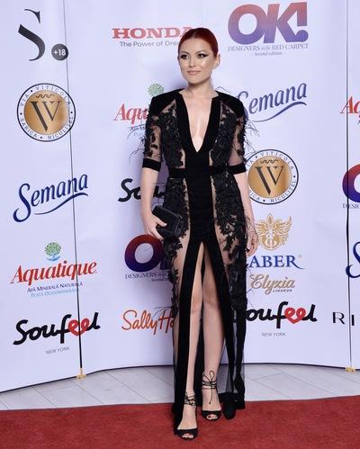 Elena Gheorghe, sora ei si designerul Ana Radu, aparitii de senzatie la un eveniment monden. Au purtat niste creatii superbe