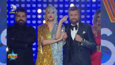 "Iulia Albu, look de senzatie in Gala ""Bravo, ai stil! All Stars""!"
