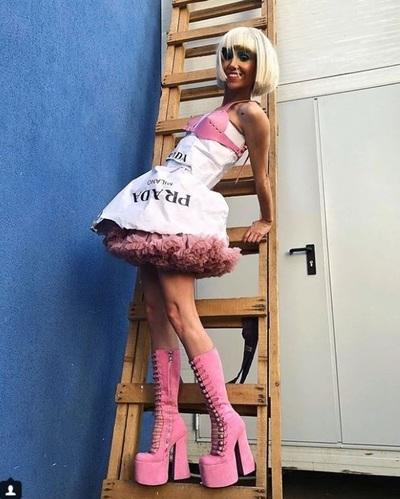 """Silvia, cata suferinta pentru gala """"Bravo, ai stil!"""" A purtat cizme cu doua numere mai mici! Cum au aratat picioarele ei la final?"""